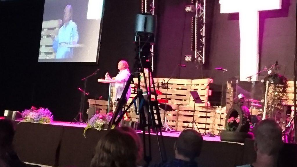 Christy Wimber predikar et fantastiskt och profetiskt budskap på New Wine i Vänersborg, 2016-07-01